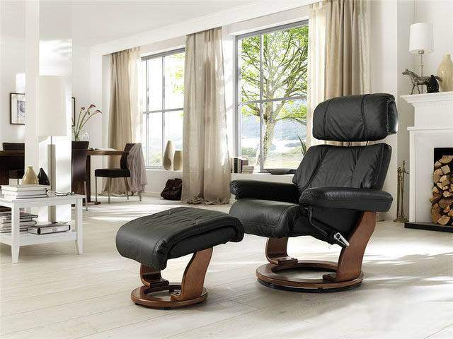 chair_piabora-recliner_black_b.jpg